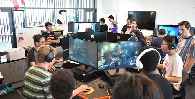 ERHS Students launch Roosevelt Esports Federation