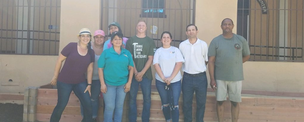 Corona Fundamental Intermediate Creates School Garden